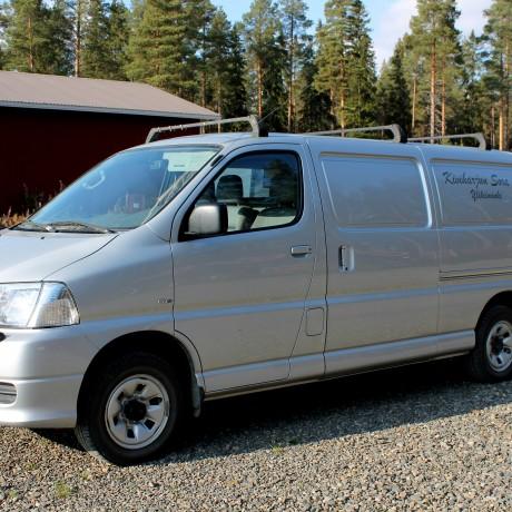 TOYOTA HIACE TD v. 2008 - Pakettiauto
